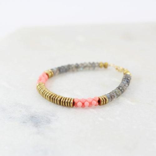 LAKI Bracelet // Plaqué Or, pierre fine de Labradorite et Bambou de Mer - Les Pierrettes Paris
